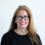 Dr.  Katrin  Luzar