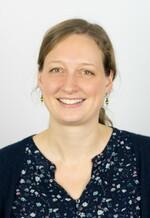 Dr. Hella  Ludwig